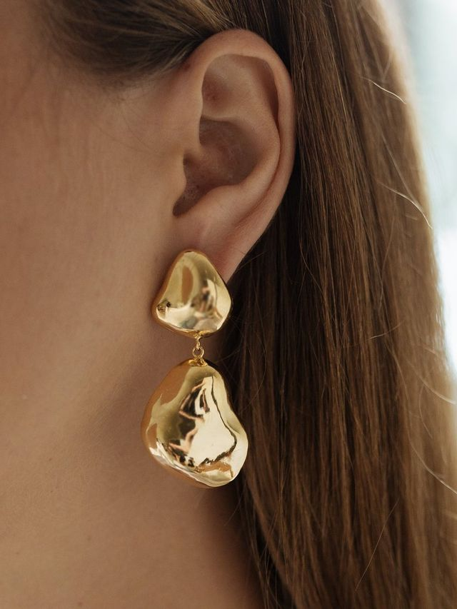 By Nye Lucid Studs