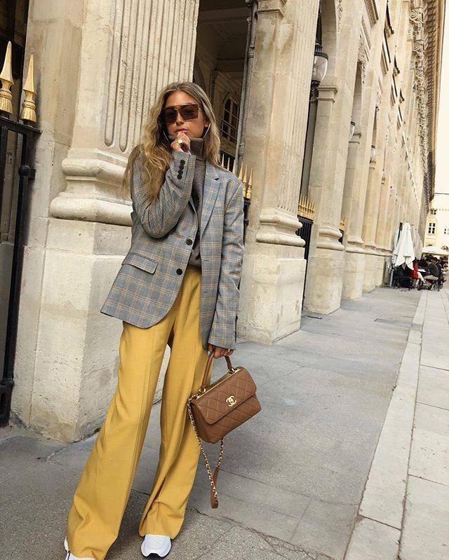 colors that go with gray and yellow