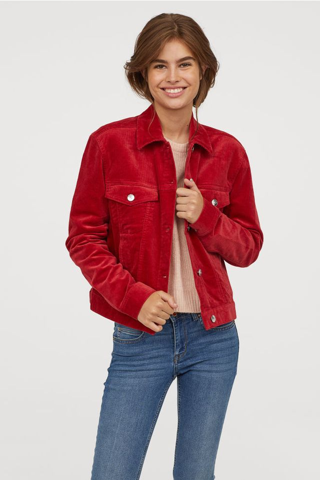 Colors that Go with Gray and Red Jackets