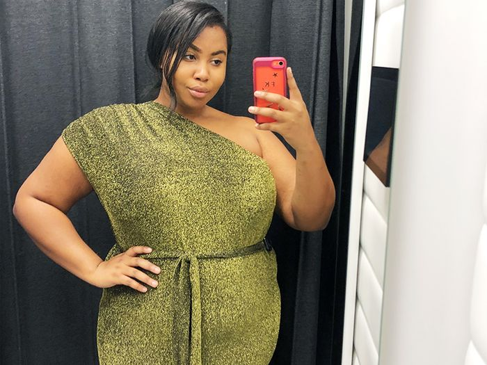 I Tried on 50 High-Street Dresses to Work Out Which Ones Go With Tights