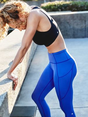 A Trainer, an Athlete, and Lululemon Say These 3 Things Make Leggings