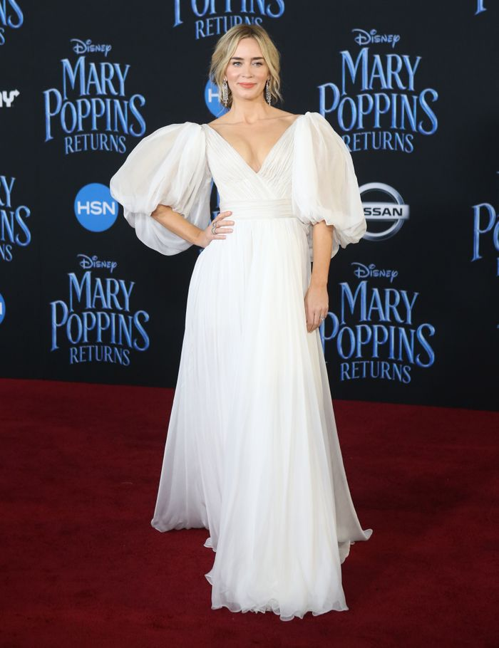 Emily Blunt Wore the Dreamiest Princess Gown to the Mary Poppins Premiere