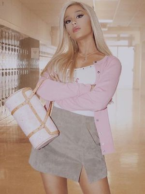 The Best Early 2000s Beauty Looks From Ariana Grande's