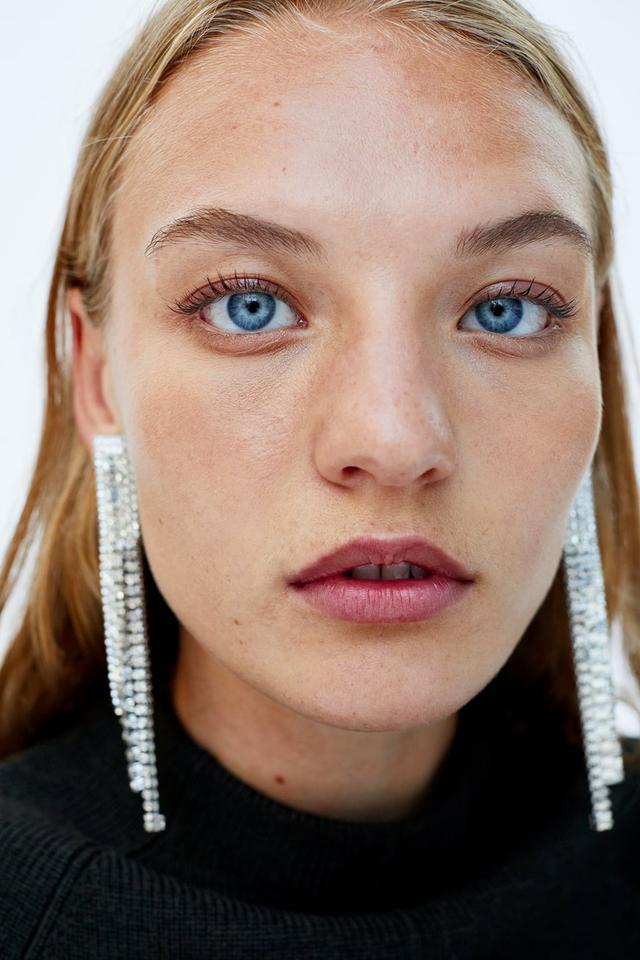 Zara Crystal Dangle Earrings
