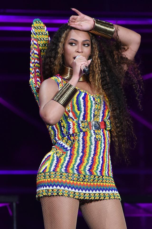 Beyoncé Wearing Esteban Cortazar