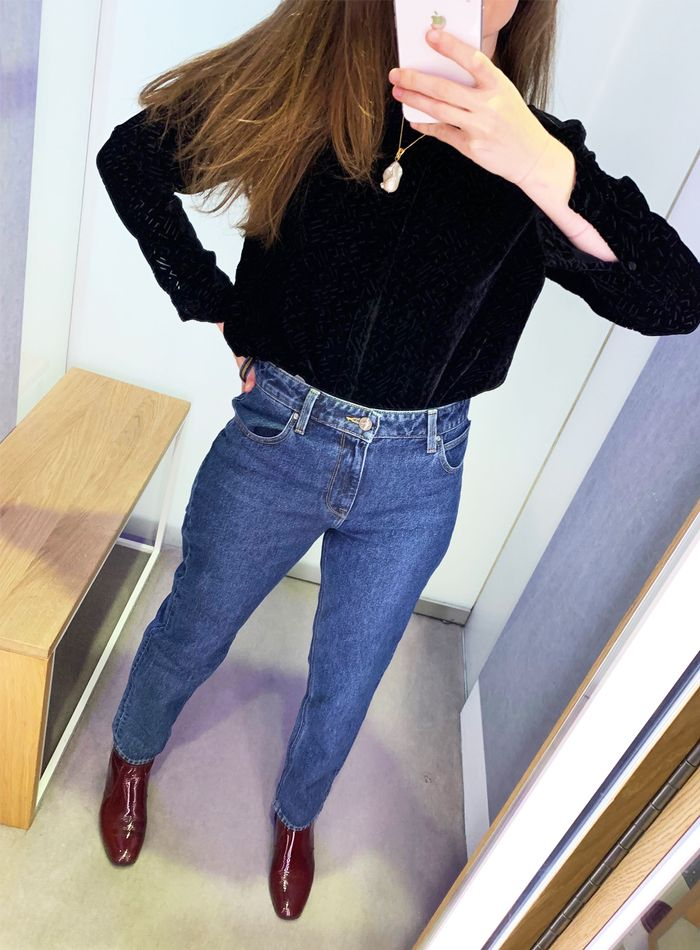 372bd9b6 I Just Tried on All the Mom Jeans to Find the Best Pair   Who What Wear UK