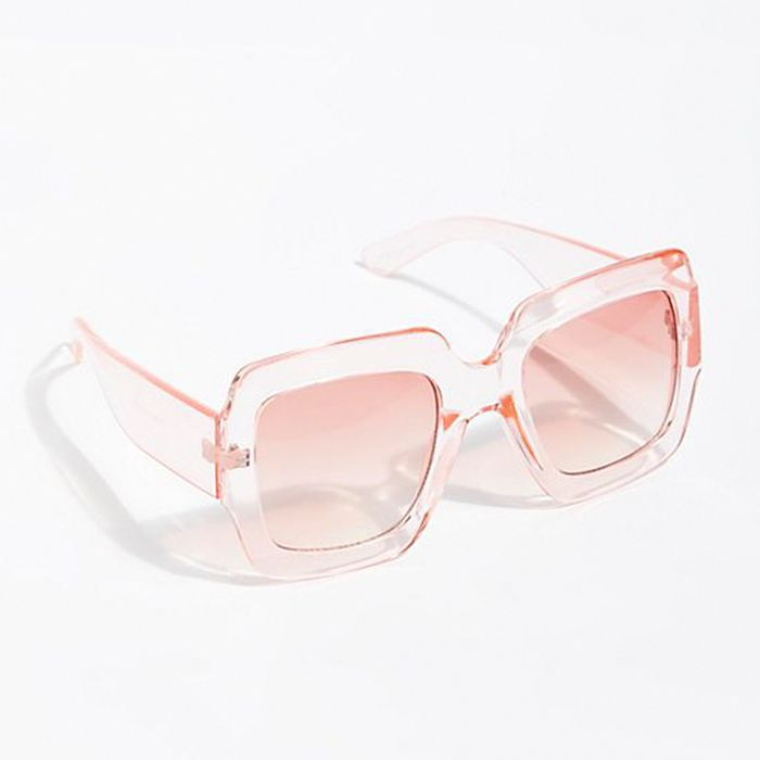 71a91a0dcf90 Behold  the Top 6 Eyewear   Sunglasses Trends 2019