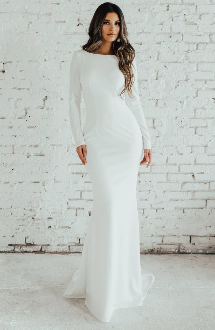 outlet exquisite design pretty nice 20 Simple Winter Wedding Dresses for the Unfussy Bride | Who ...