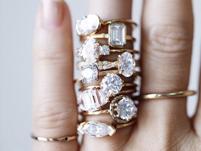 You'll See This Engagement Ring Trend on Lots of Fingers in 2019