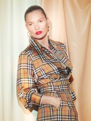 Cool Women of Every Generation Are Wearing Burberry's Vintage Check Again