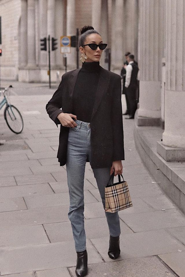 Burberry vintage check: a plaid mini bag worn with a blazer and jeans