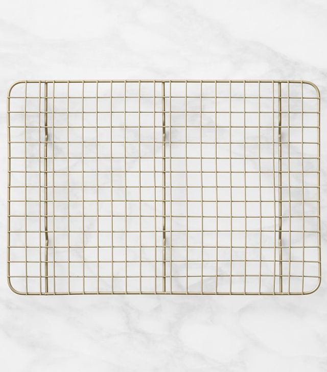 Williams Sonoma Goldtouch Quarter Sheet Cooling Rack
