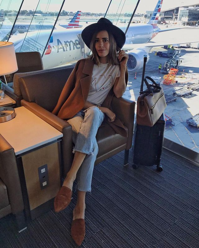 Cool airport outfits with flats
