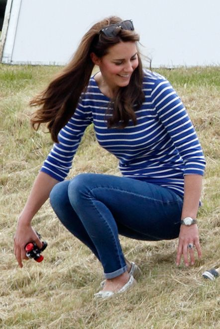Kate Middleton Striped T-Shirt and Jeans