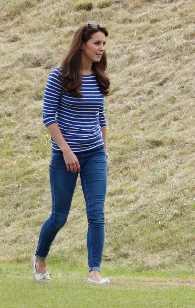 Kate Middleton Blue and White T-Shirt