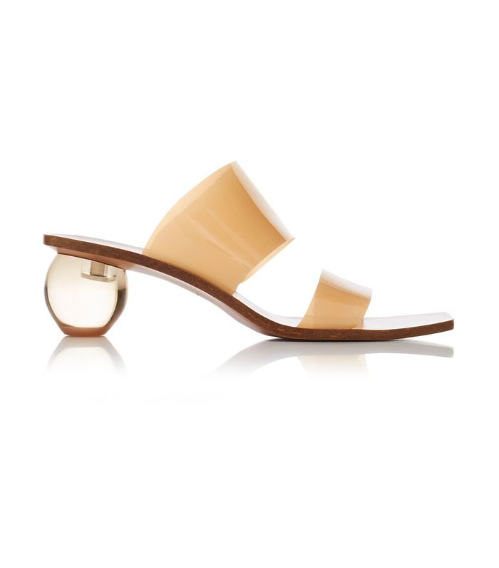 1025d89fa06 5 of the Prettiest Spring 2019 Shoe Trends