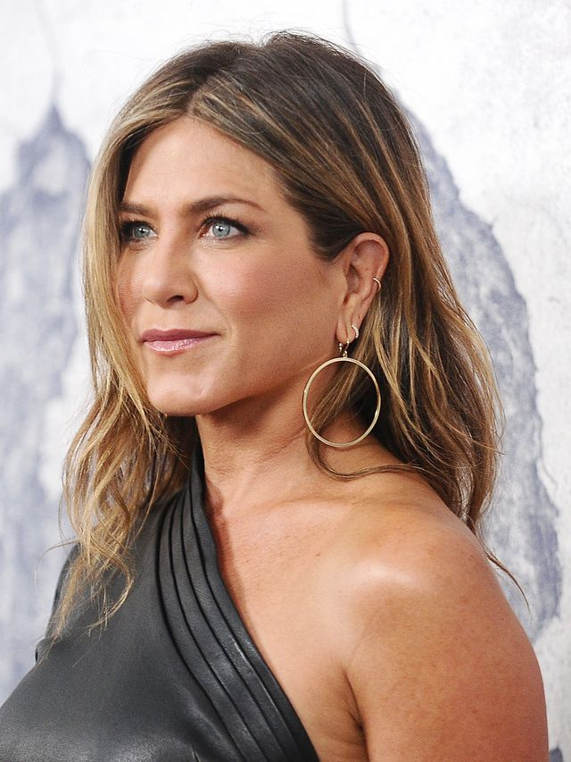 Jennifer Aniston Jewelry Style