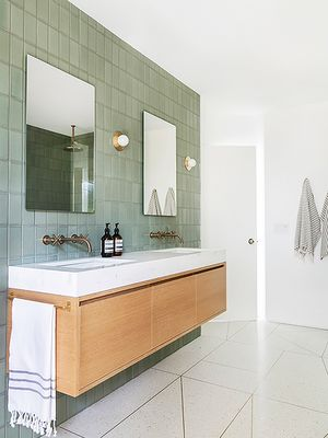 6 Simple Minimalist Tile Ideas That Could Lead to the Bathroom of Your Dreams