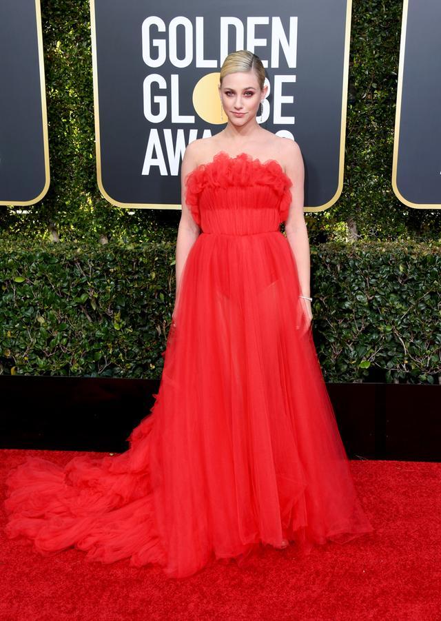 Lili Reinhart Golden Globes 2019
