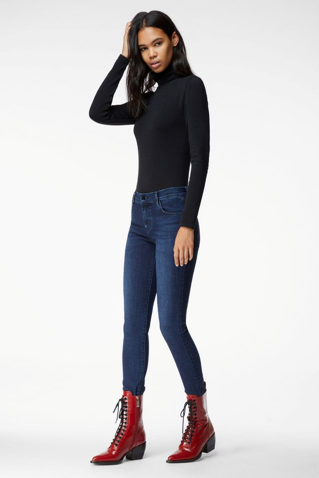 J Brand 620 Mid-Rise Super Skinny Jeans in Photo Ready HD Phased