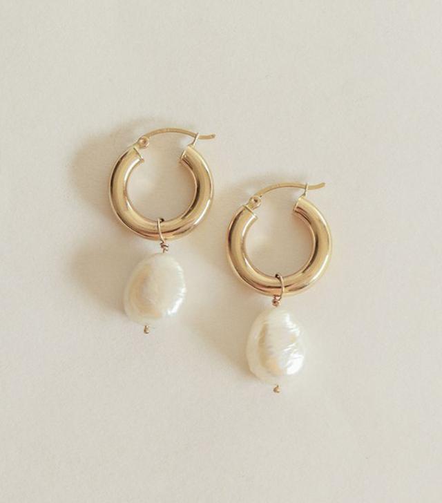 Kinn Baroque Pearl Hoop Earrings