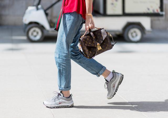 Louis Vuitton resale bags