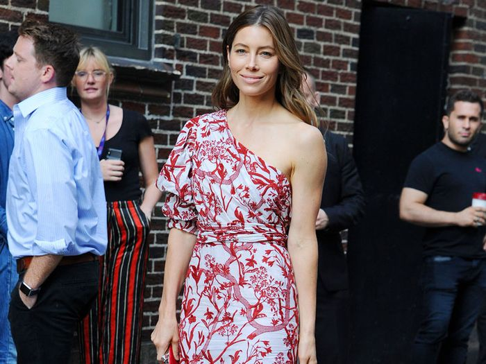 12 Reasons Why We Always Lose It Over Jessica Biel's Style