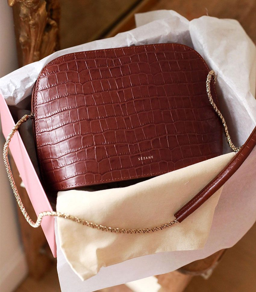 5c1ef6c54a82 These New It Bags Will Be in Style Until at Least 2025 – Bon Bon ...
