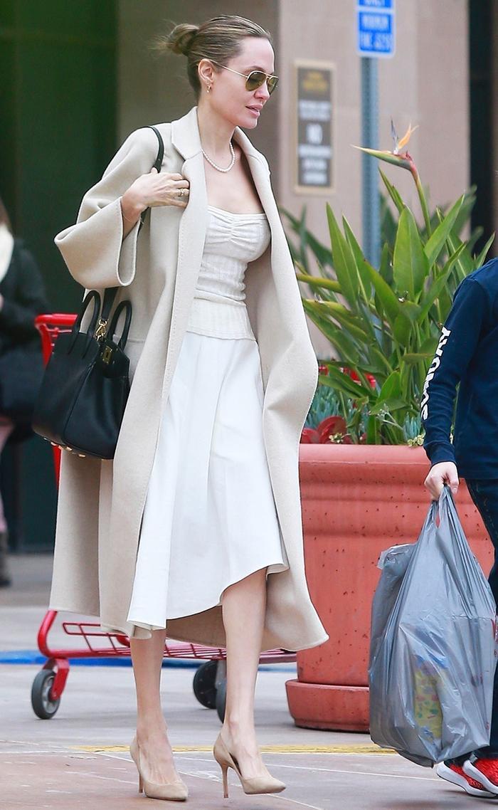 2019 Angelina Jolie naked (92 photo), Topless, Leaked, Instagram, panties 2020