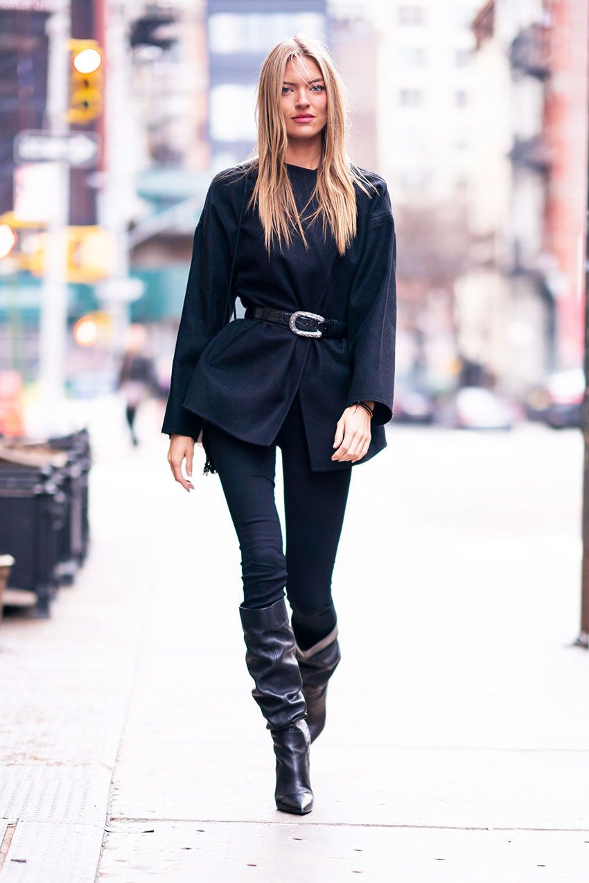 85352ab5005a1 These Are the Celebrity Legging Outfits to Tell Your Friends About |  WhoWhatWear.com | Bloglovin'
