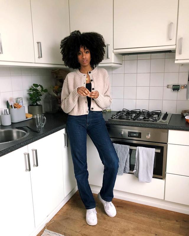 straight-leg jeans trend