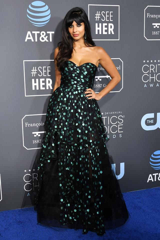 <p><strong>WHO:</strong> Jameela Jamil</p> <p><strong>WEAR:</strong> Oscar de la Renta dress</p>
