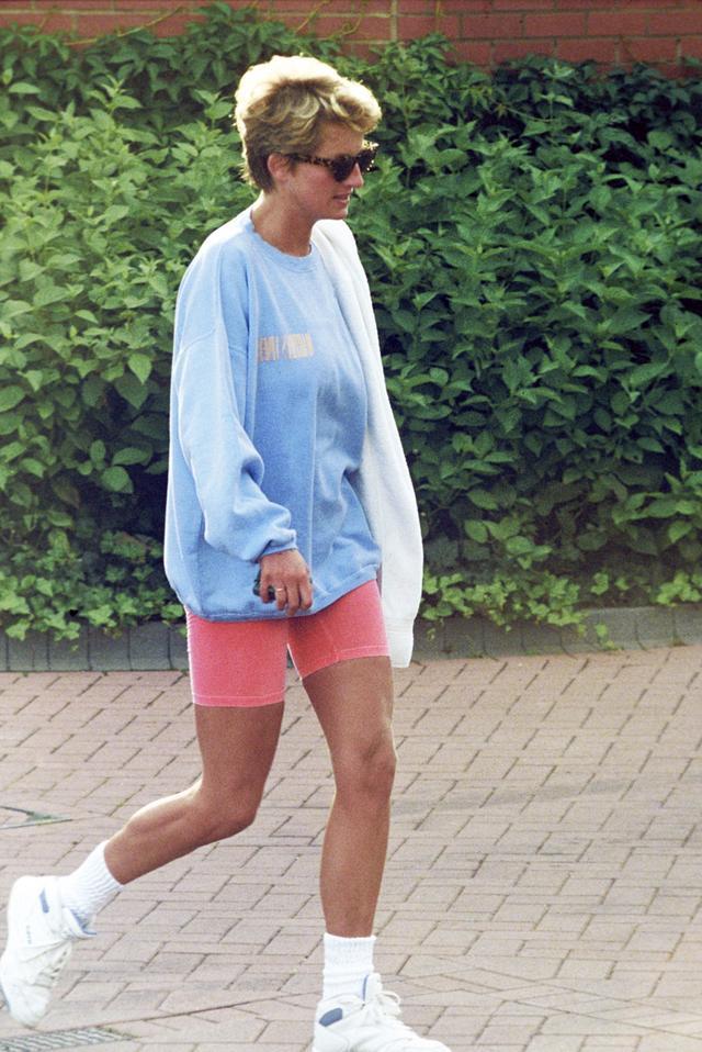 Princess Diana 80s bike shorts outfit