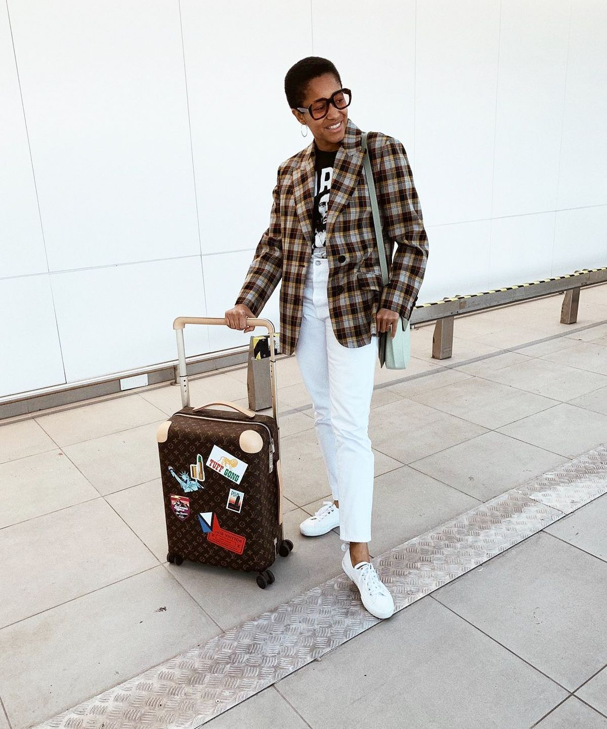 27 Outfits That Look 10/10 Styled With Trainers