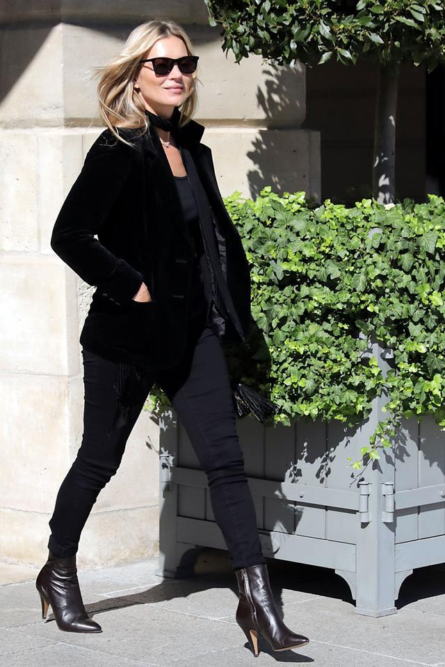 Kate Moss wearing skinny jeans