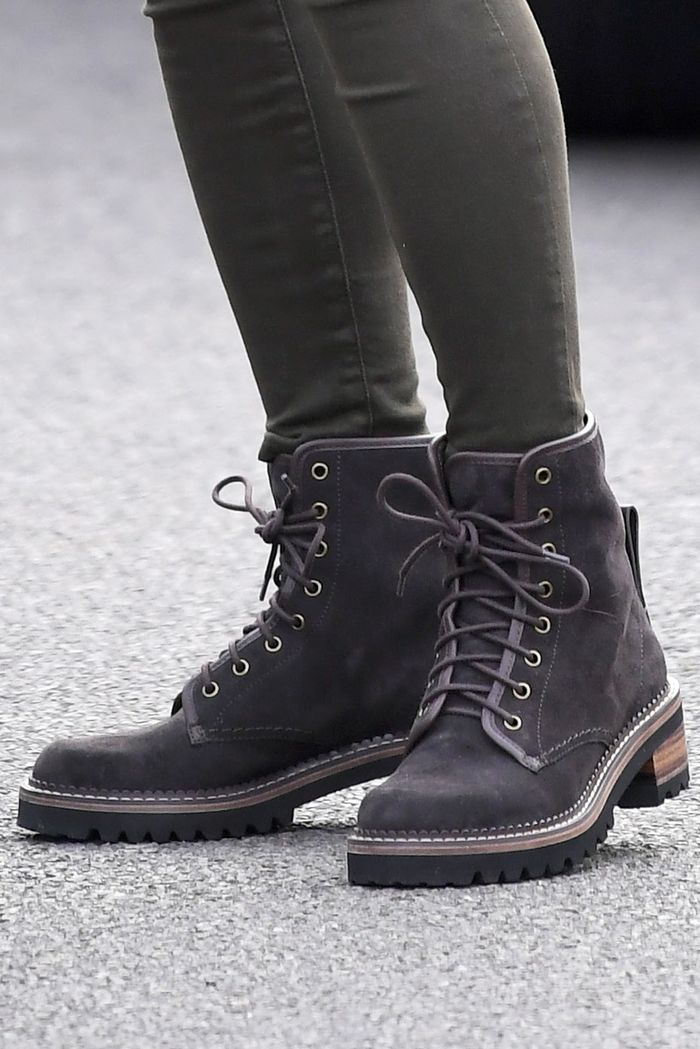 b4674bf7b7 Kate Middleton Wore Hiking Boots With Jeggings | Who What Wear