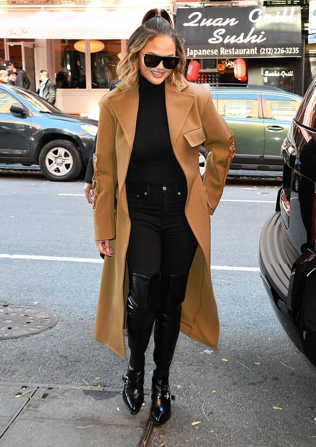 Celebrity Trends to Wear With Skinny Jeans: Camel Coat