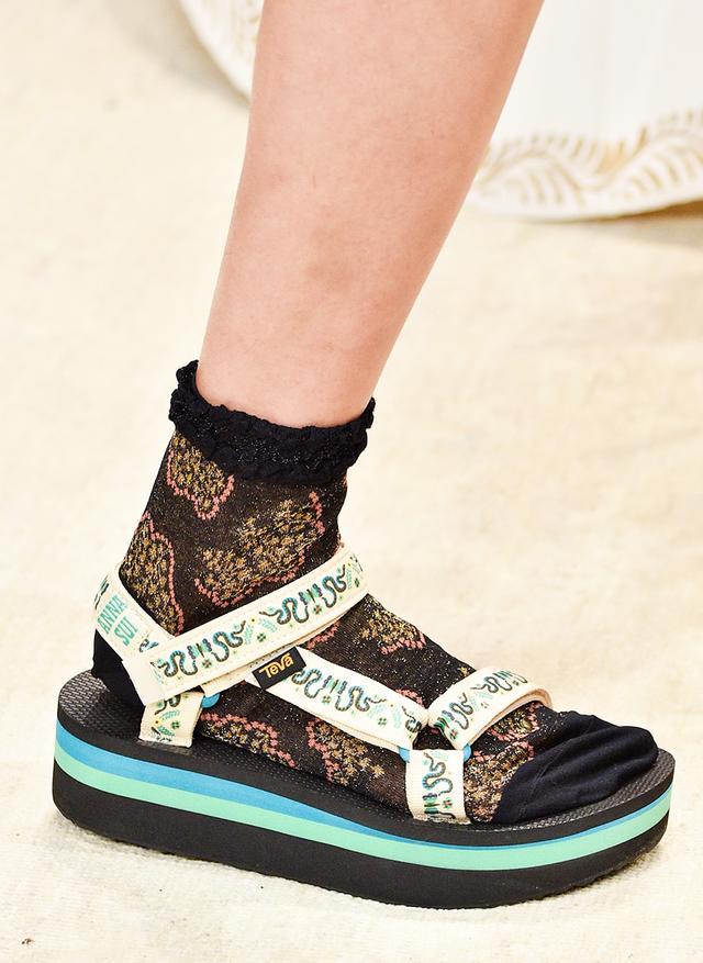 Chunky-sandal trend: Anna Sui