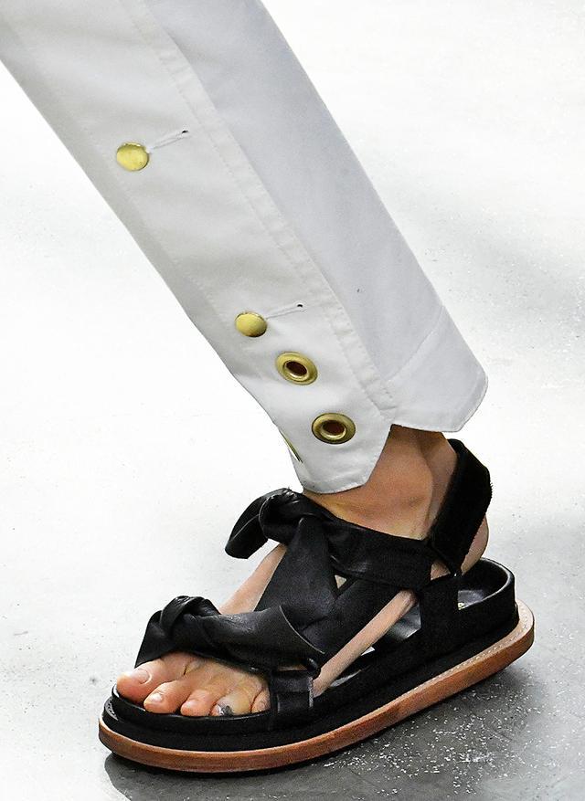 Chunky-sandal trend: Sacai