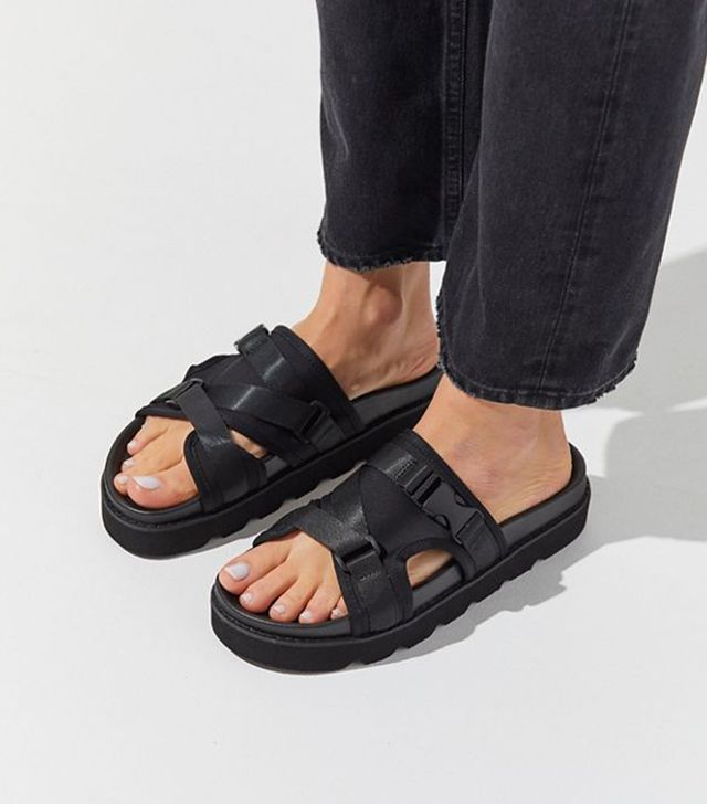 Shop The 2019 Chunky Sandal Trend Who What Wear Au