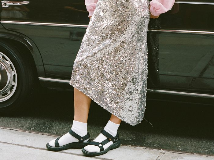 """Tourist Sandals"" Are the 2019 Shoe Trend You'll Have to Get Used To"