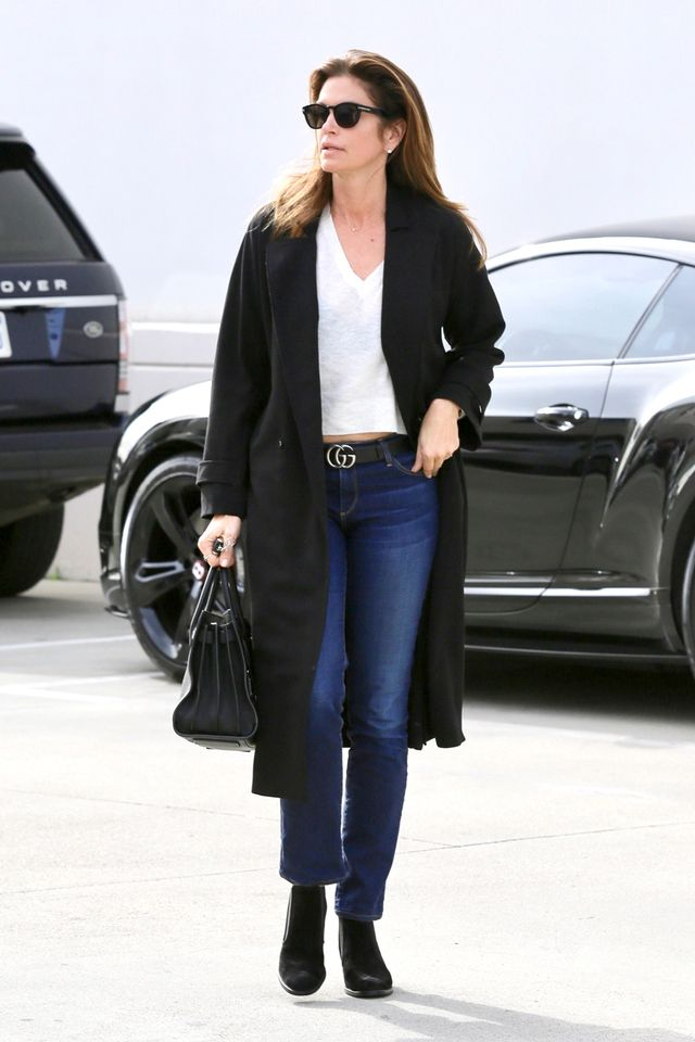 Cindy Crawford jeans outfit