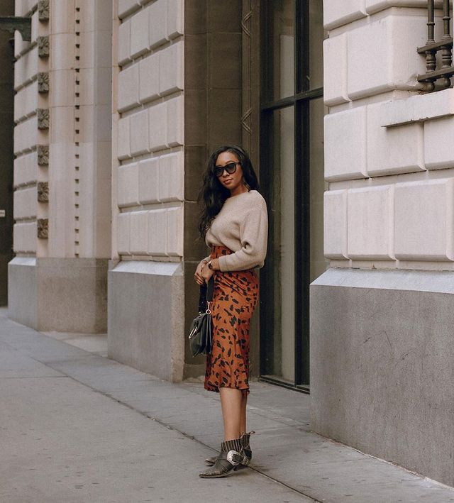 Effortless Outfits To Wear In 2019: Animal Print Skirt