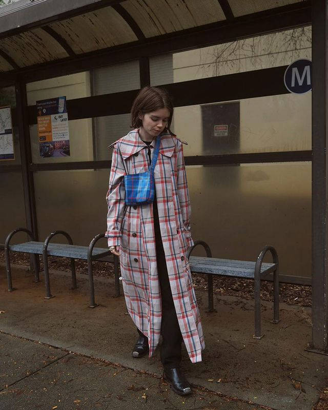 Effortless Outfits To Wear In 2019: Plaid Coat and Blue Crossbody