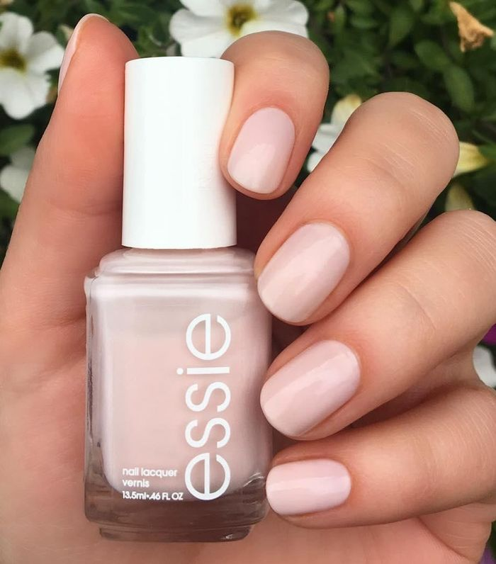 How Essie Ballet Shoes Became the It Polish Shade | Who What Wear