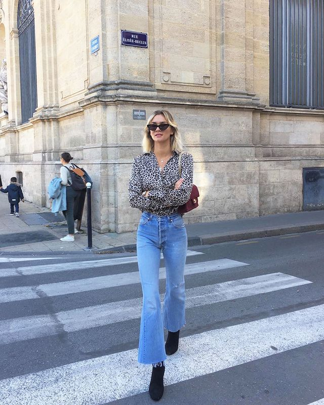 Light-Jean Outfits: Printed Shirt
