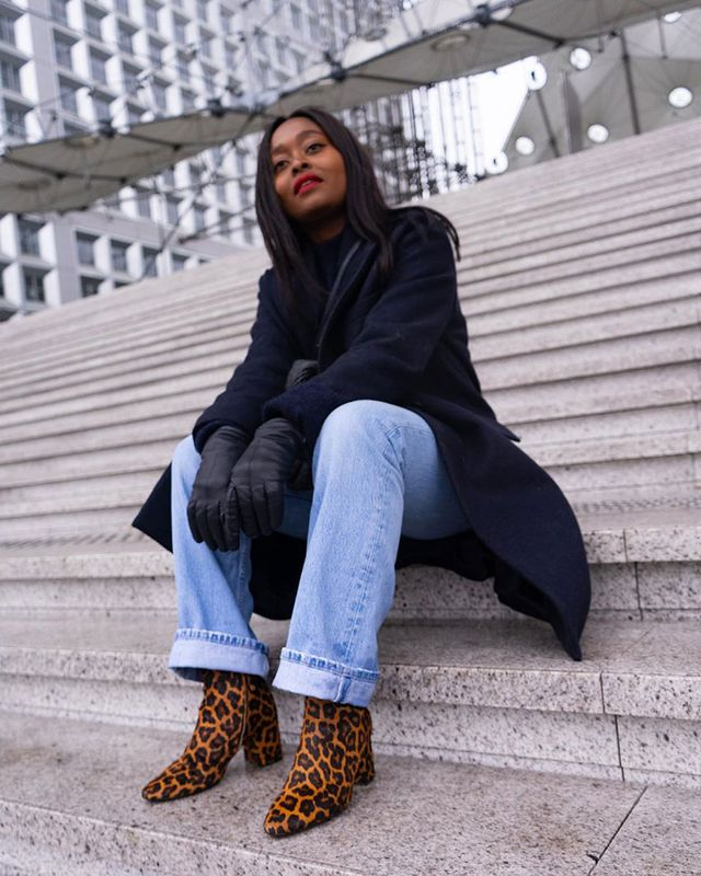 Light-Jean Outfits: Leopard Booties