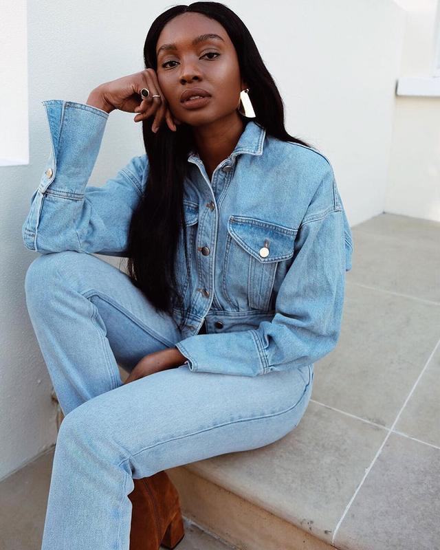 Light-Jean Outfits: Denim on Denim
