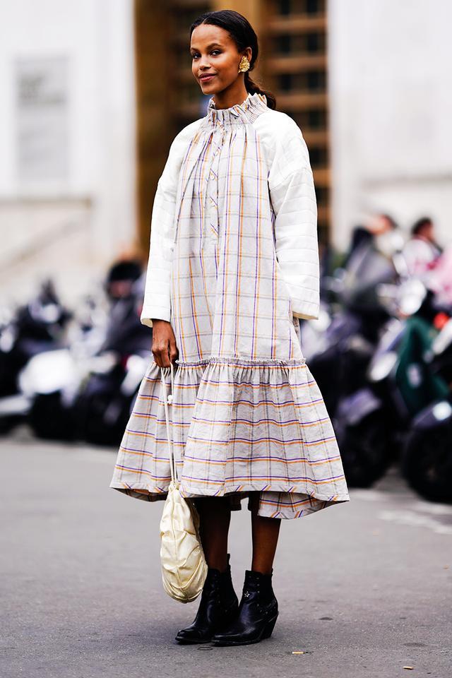 Best smock dresses: Suzanna Gembege in smock dress