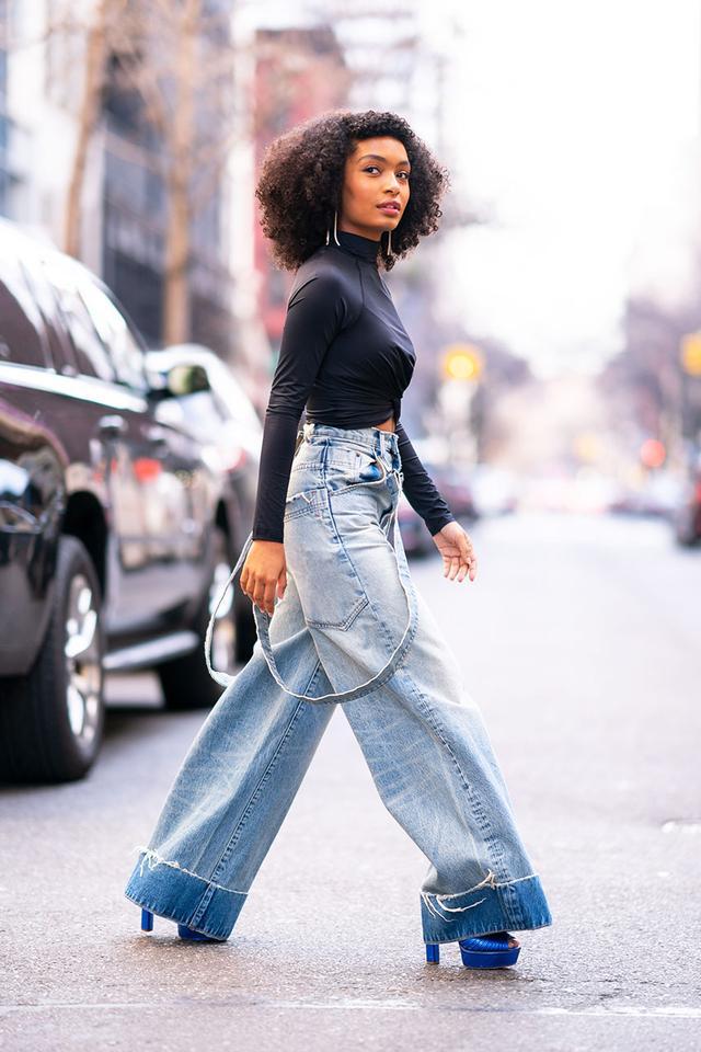Celebrity Shoe Trends: Yara Shahidi